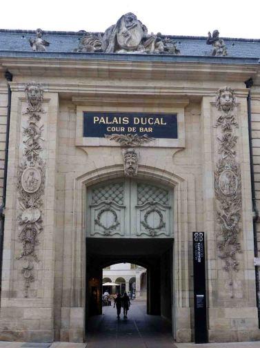 Puerta Dijon