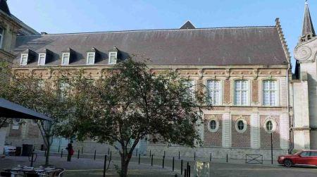 biblioteca-valenciennes-ext